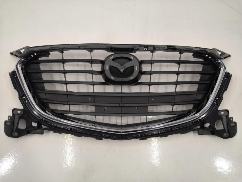 Решетка радиатора Mazda Mazda3 BN 2016