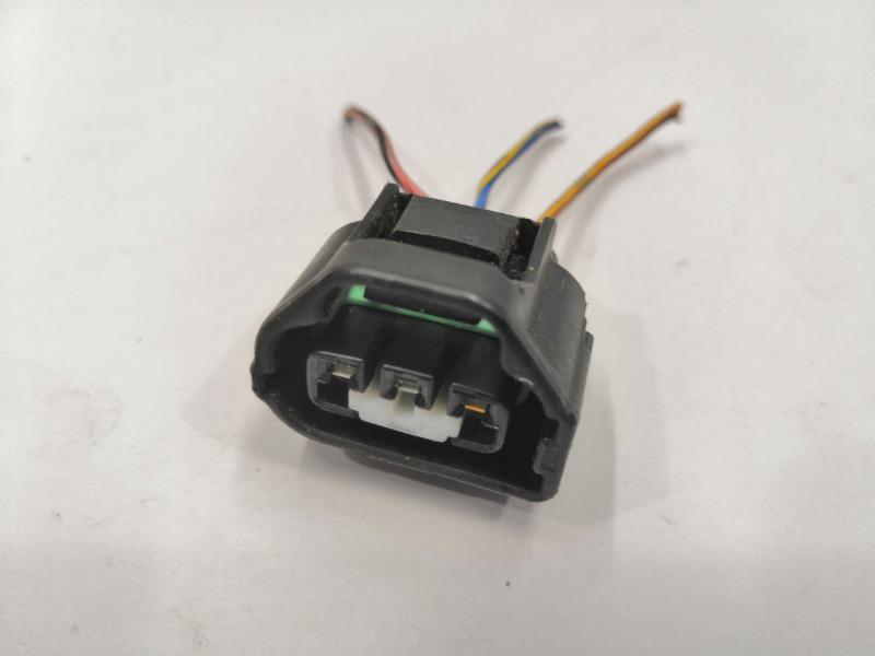 Разъем датчика положения дроссельной заслонки Mazda Axela BK3P