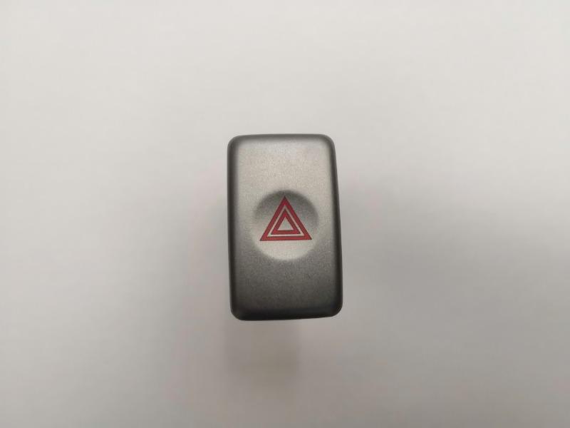 Кнопка аварийной сигнализации Subaru Forester EJ202