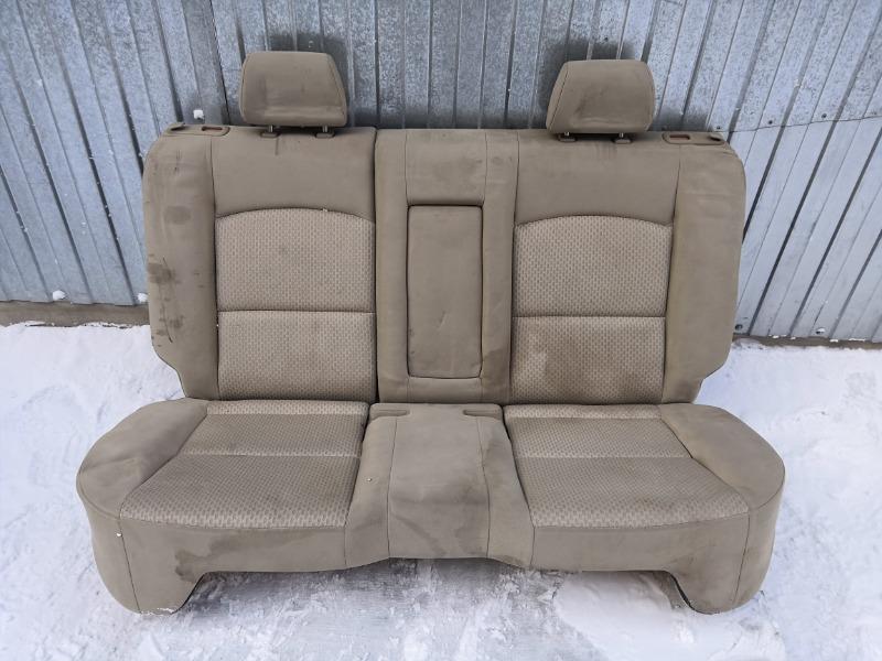 Сиденье Mazda Axela BK3P заднее