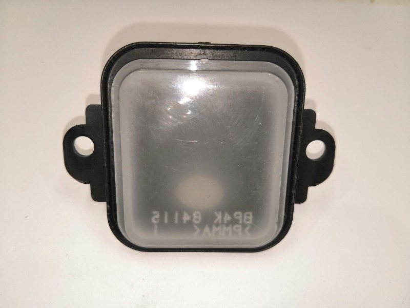 Плафон бардачка Mazda Axela BK3P