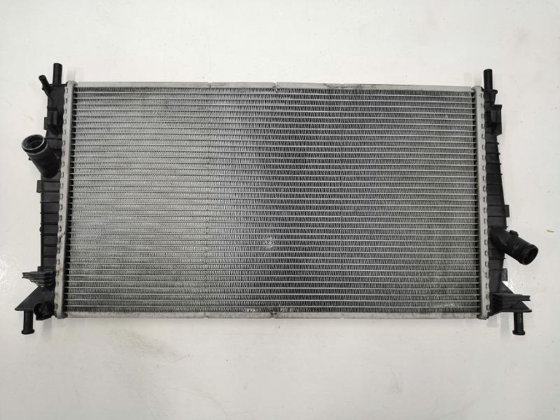Радиатор охлаждения двигателя Mazda Axela BK Z6 2003