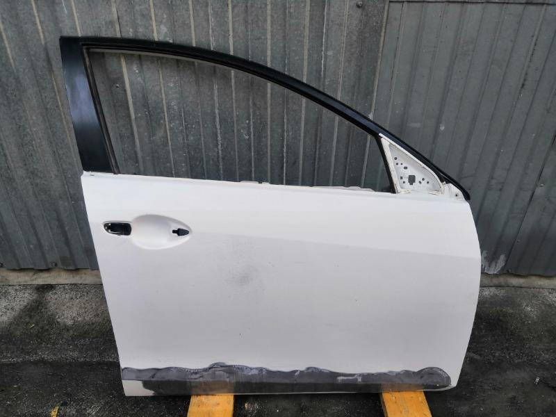Дверь Mazda Axela BL передняя правая