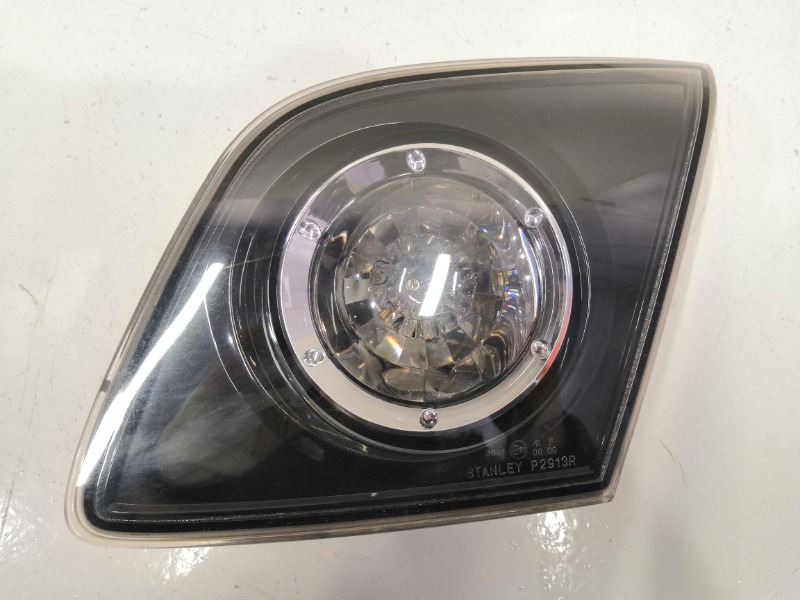 Фонарь заднего хода Mazda Axela BK3P задний правый