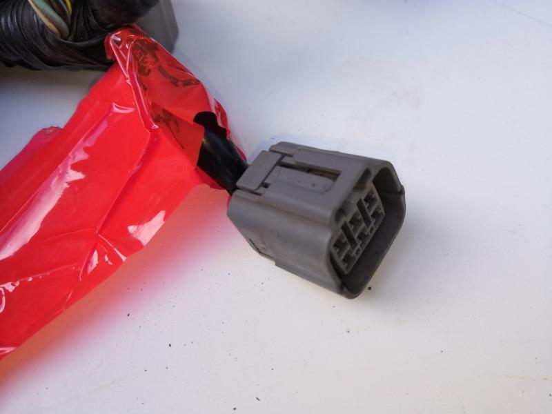 Разъем клапана егр Mazda Atenza Sport GHEFW LFVDS