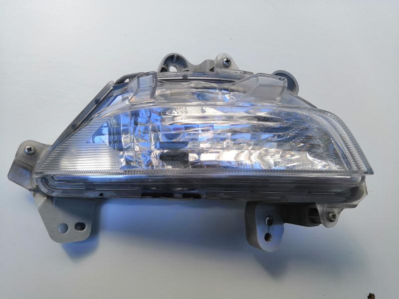 Указатель поворота Mazda Mazda3 BM 2011 передний правый