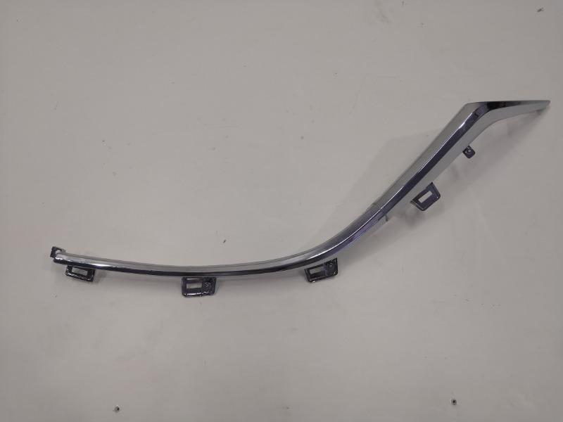 Молдинг решетки радиатора Mazda Mazda3 BM левый