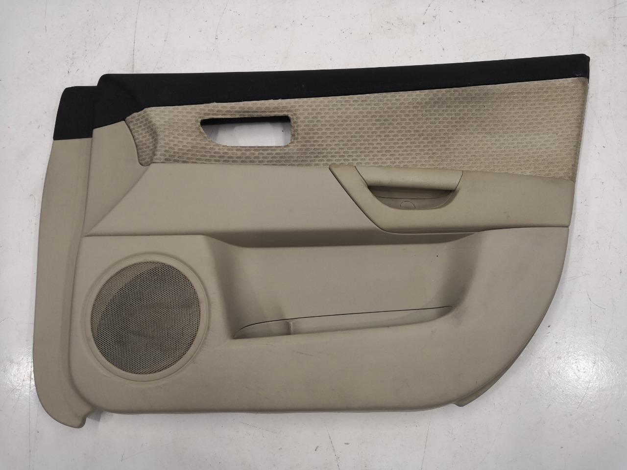 Обшивка двери Mazda Axela BK3P передняя правая