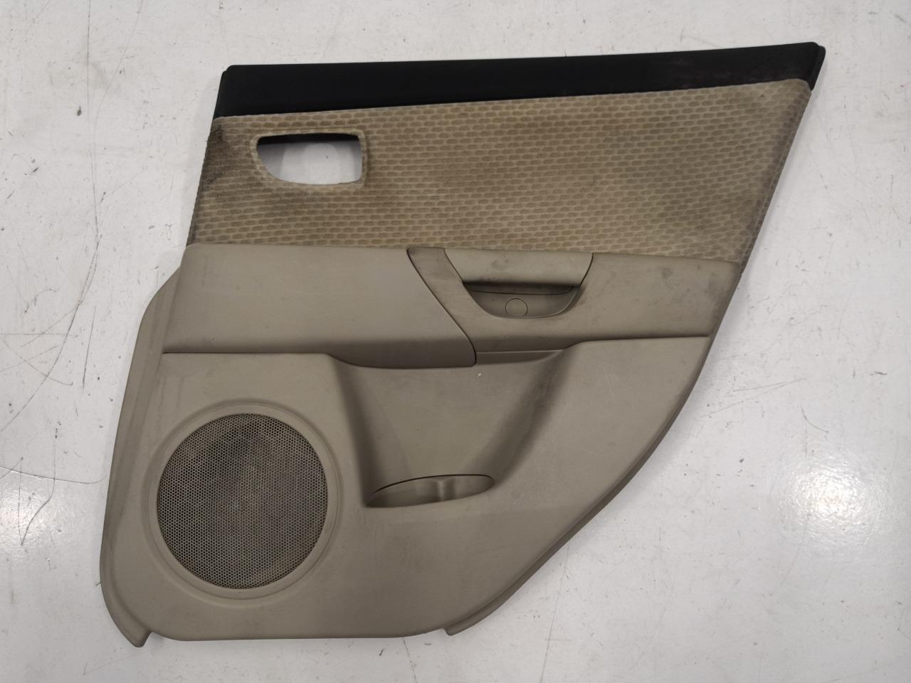 Обшивка двери Mazda Axela BK3P задняя правая