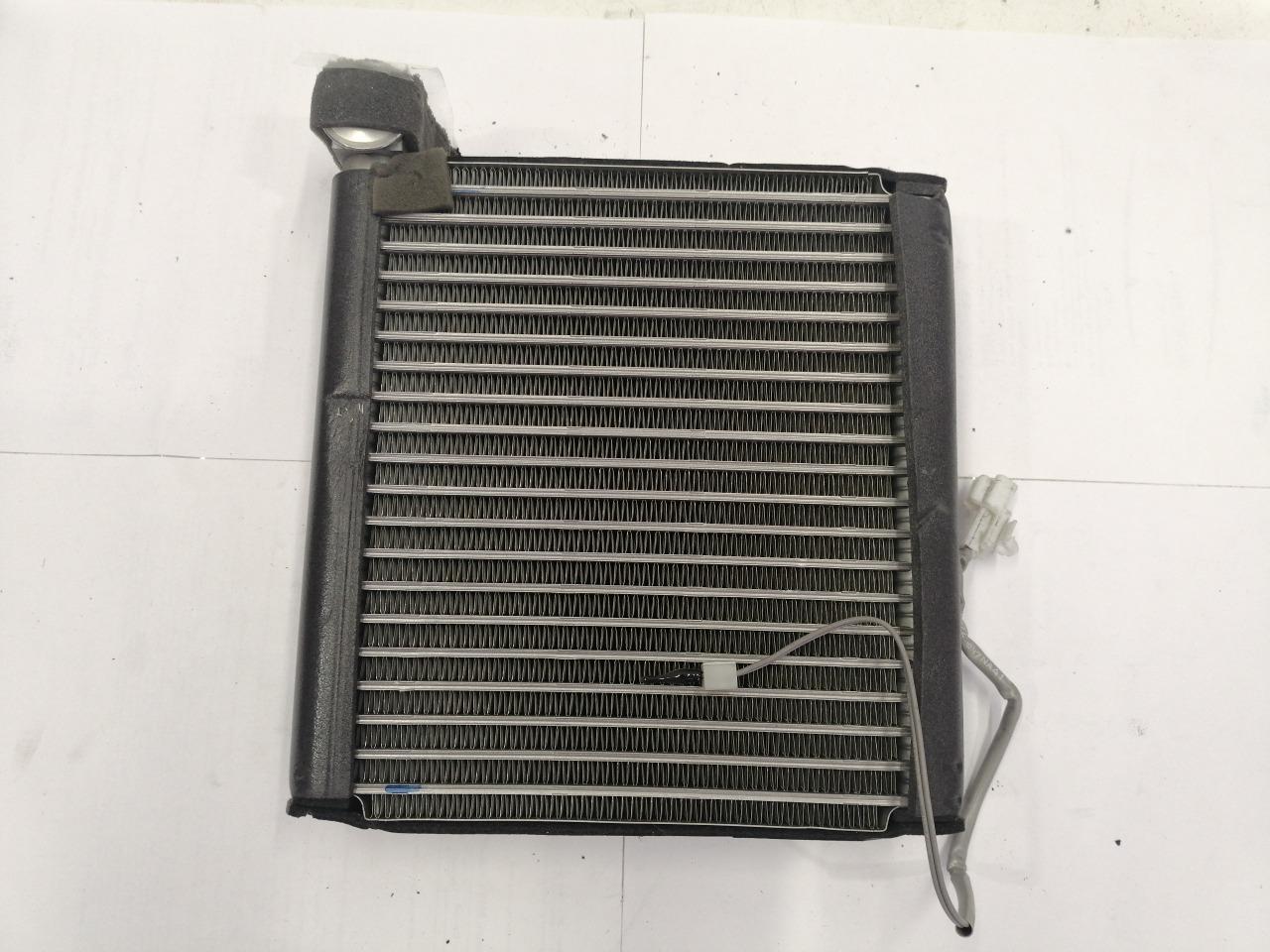 Радиатор кондиционера салонный Mazda Mazda3 BK