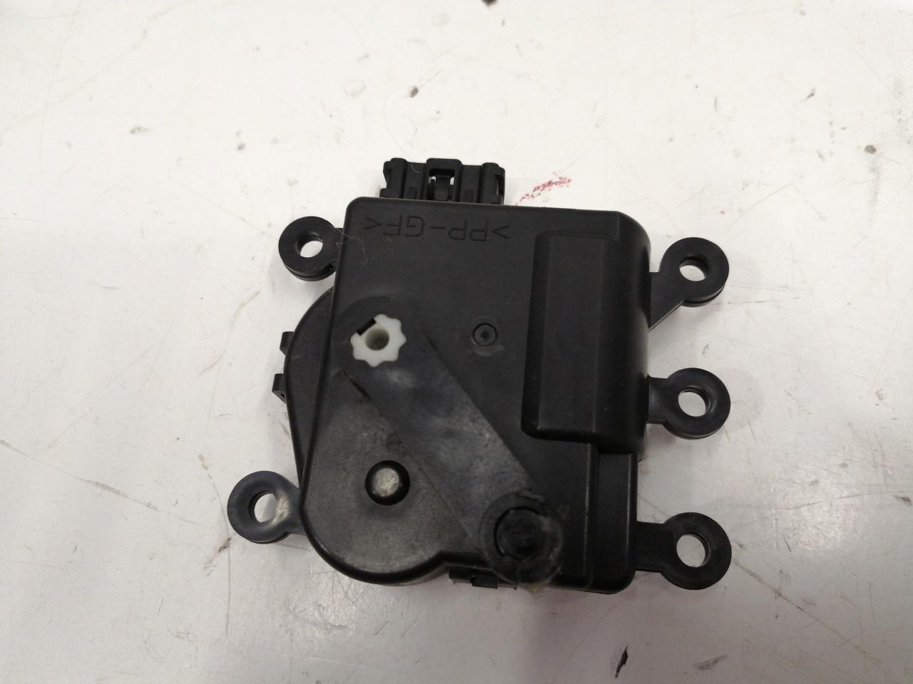 Мотор привода заслонки рециркуляции Mazda Mazda6 GH 2008