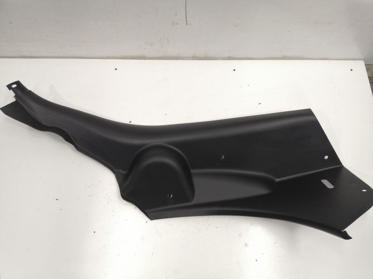 Накладка арки салона Mazda Axela BK3P 2003 задняя правая