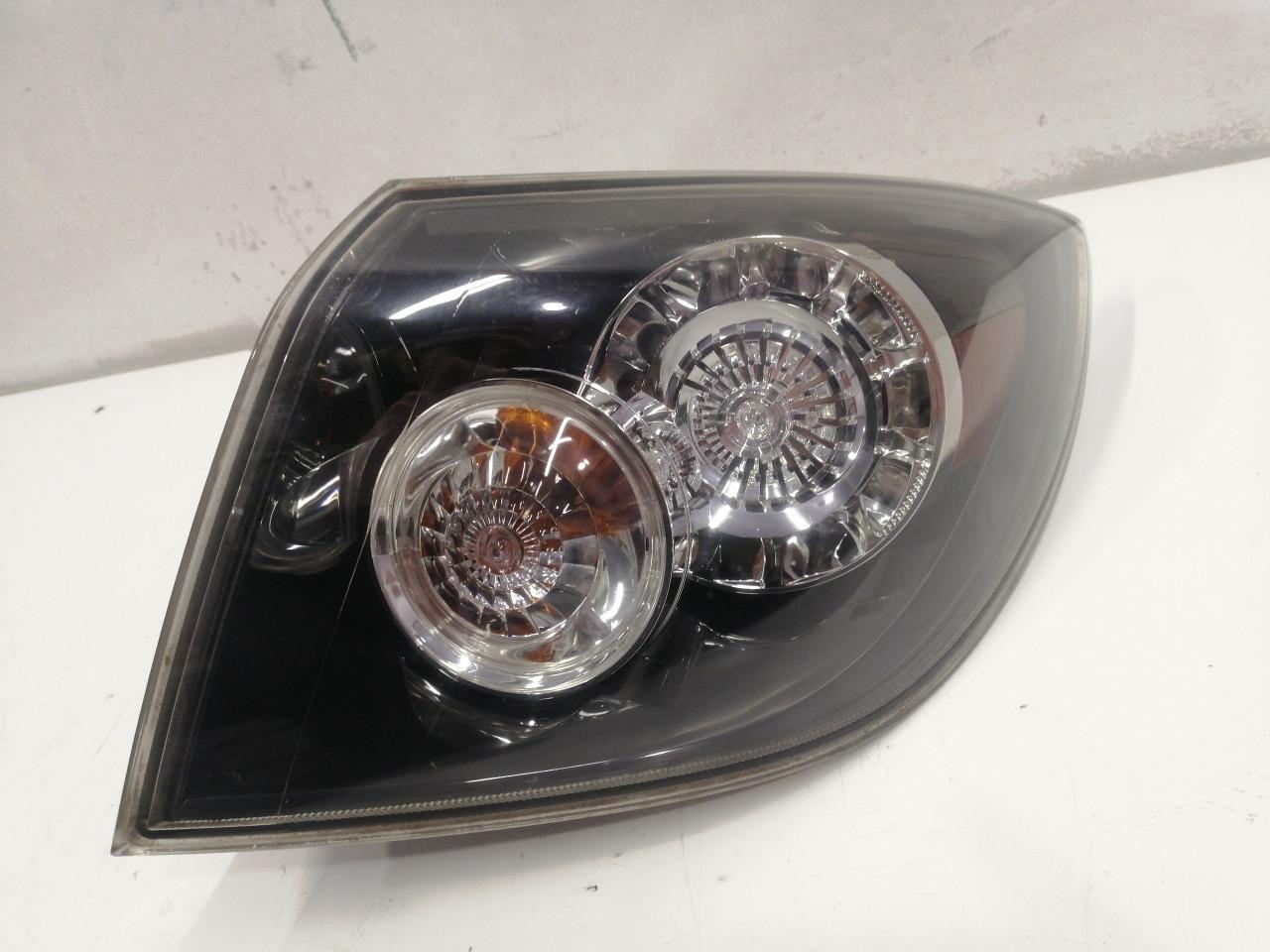 Стоп-сигнал Mazda Axela BK3P задний правый