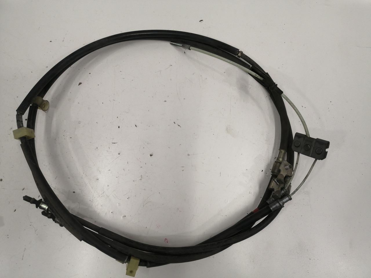 Трос ручника Mazda Axela BK3P