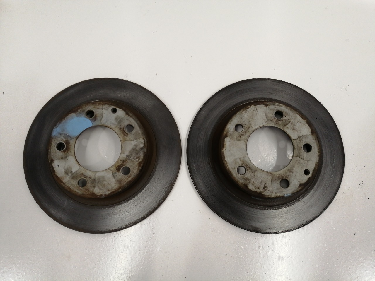 Диски тормозные Mazda Familia BJFP FP 1991 задние