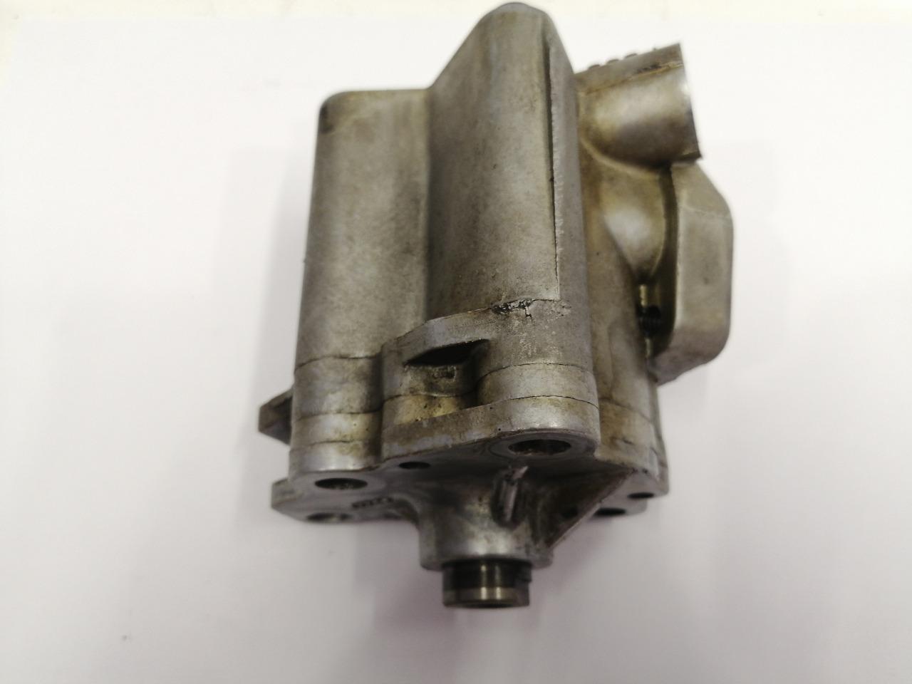 Масляный насос Mazda Atenza Sport GY3W LFVDS