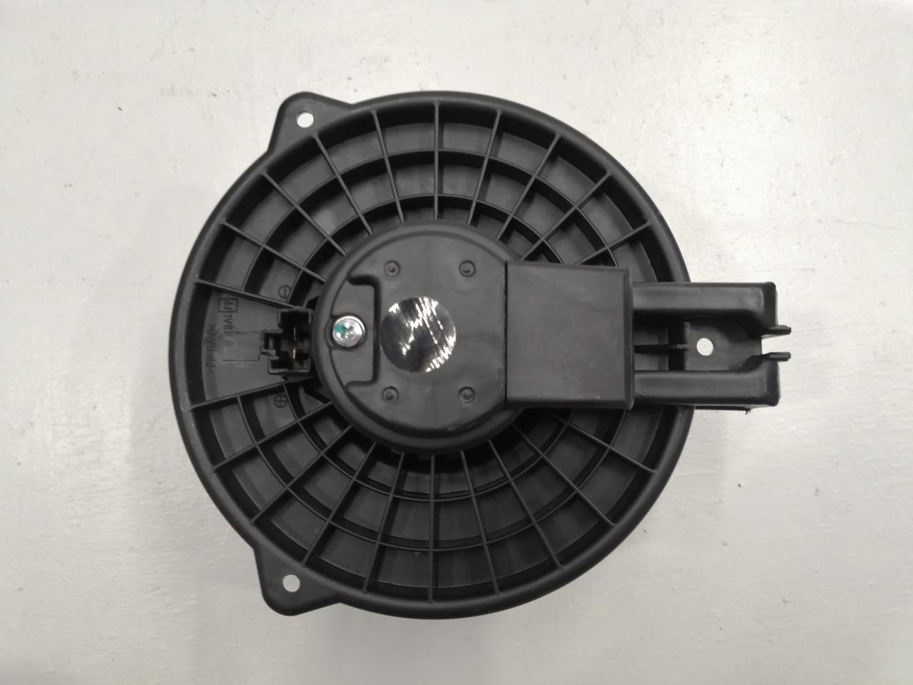 Мотор отопителя Mazda Cx-7 ER