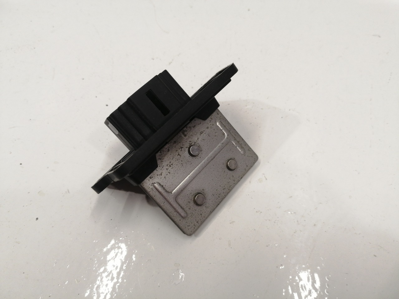 Резистор отопителя Mazda Demio SD29M