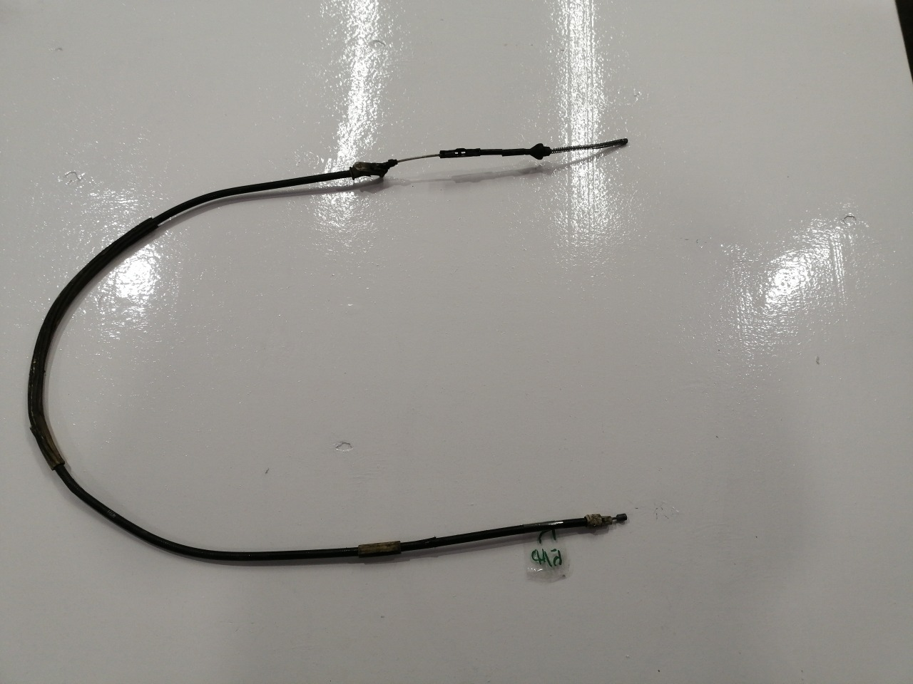 Трос ручного тормоза Mazda Axela BK5P задний правый
