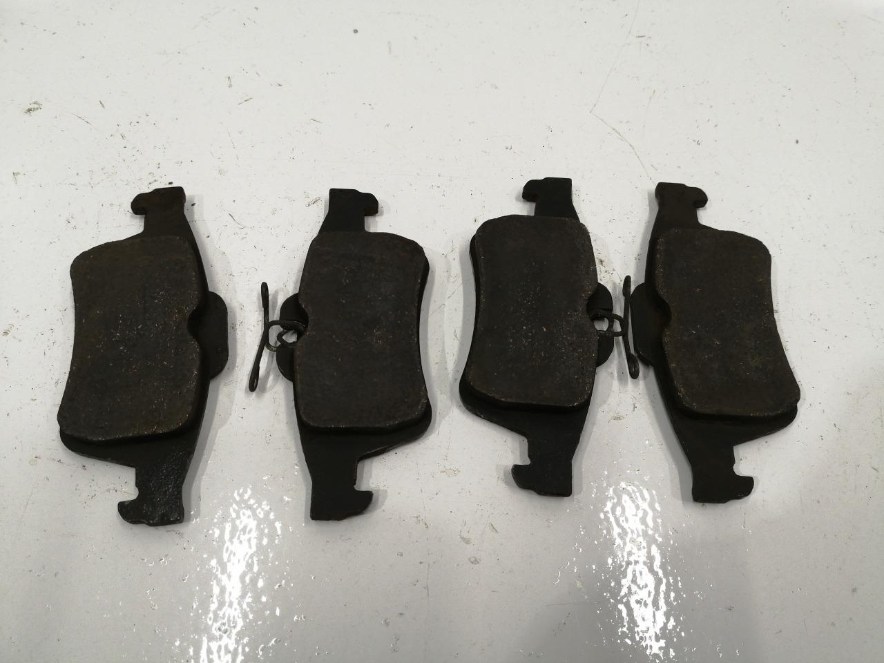 Колодки тормозные Mazda Axela BK задние