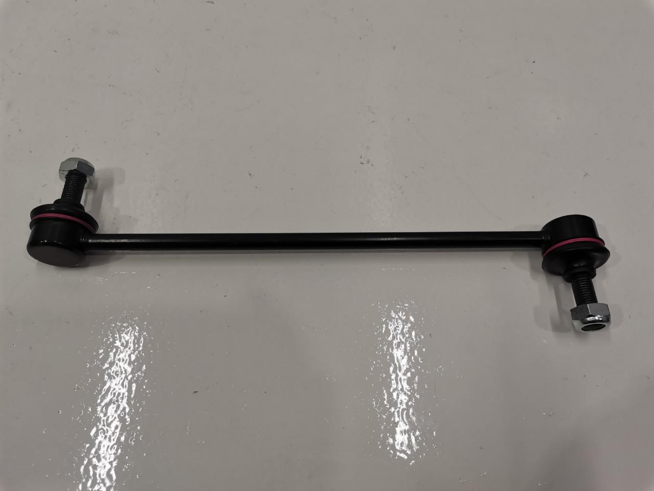Стойка стабилизатора Mazda Familia BJ передняя