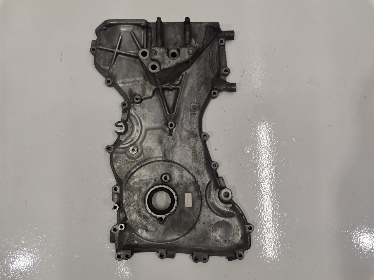 Крышка двигателя Mazda Atenza BKEP LF