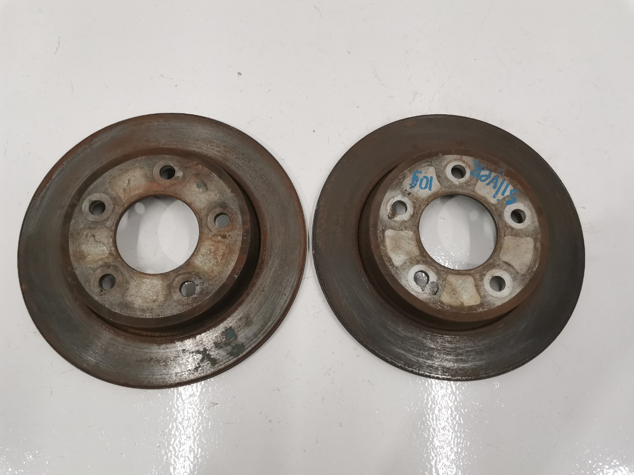 Диски тормозные Mazda Axela BK 2003 задние