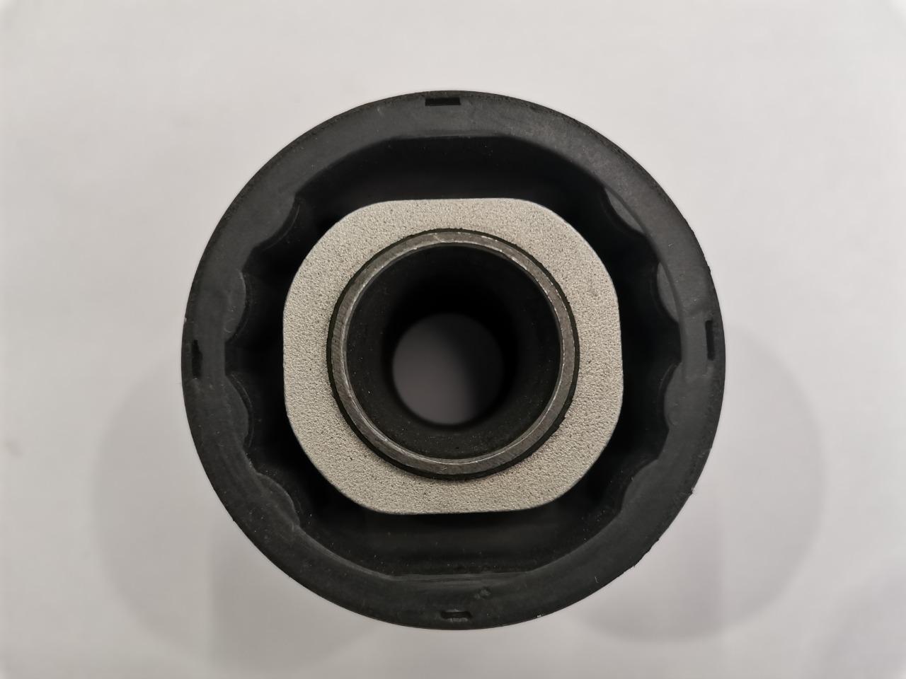 Сайлент-блок рычага Mazda Axela BK3P задний