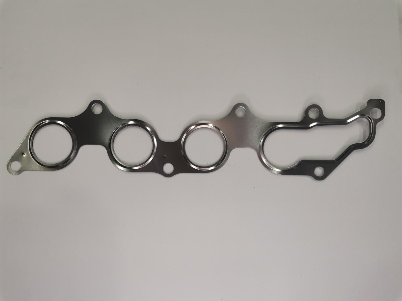 Прокладка выпускного коллектора Mazda Axela BK3P L8