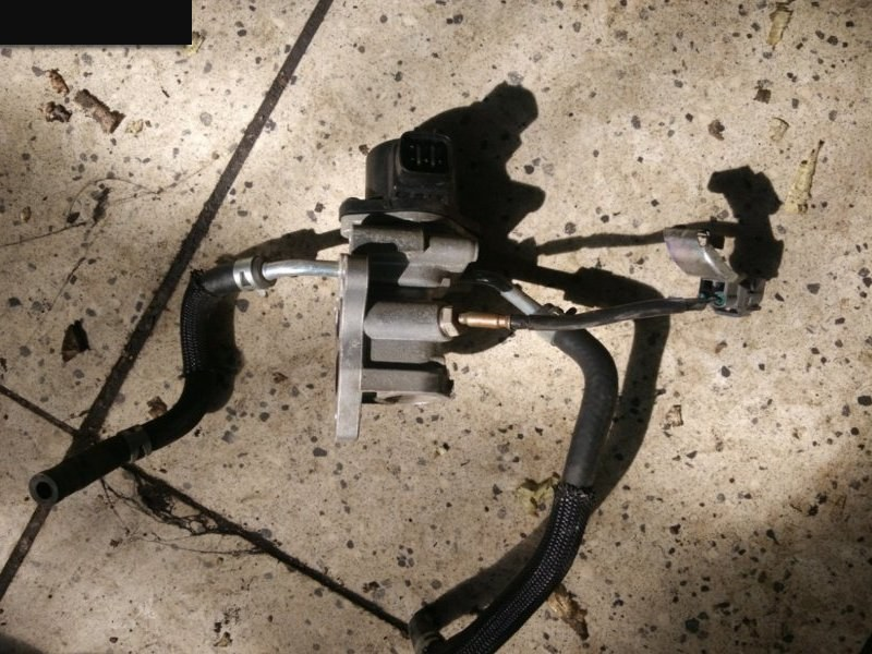 Клапан egr Toyota Ractis NCP100 1NZ-FE