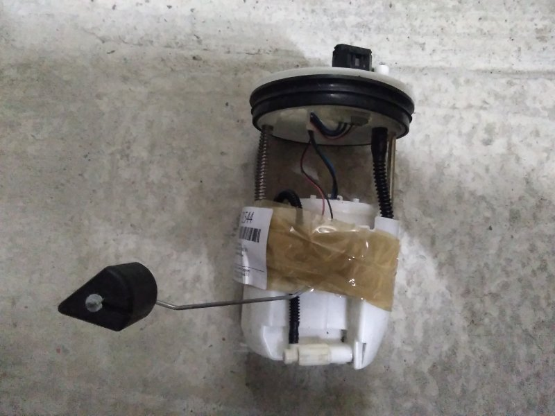 Насос топливный Mazda Demio DE3FS ZJ-VE