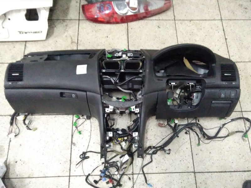 Панель передняя в салон Honda Accord Wagon CM2 K24A 2007