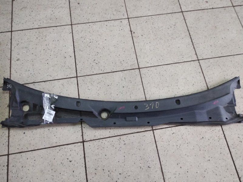 Решетка под лобовое стекло Nissan Ad VFY11 QG15DE