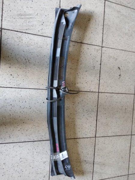 Решетка под лобовое стекло Nissan Expert VW11 QG18DE