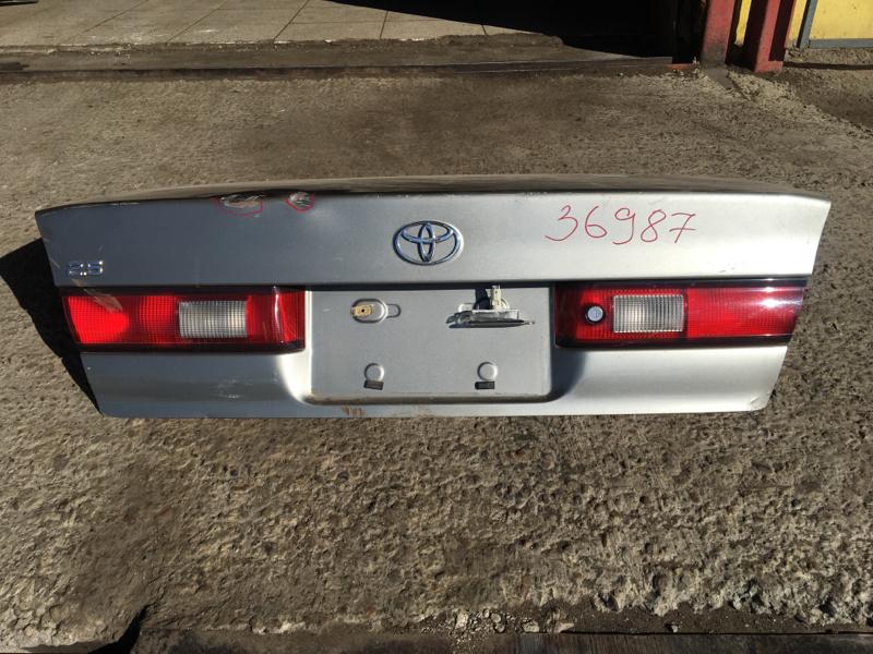 Крышка багажника Toyota Camry Gracia MCV21 2MZ-FE задняя