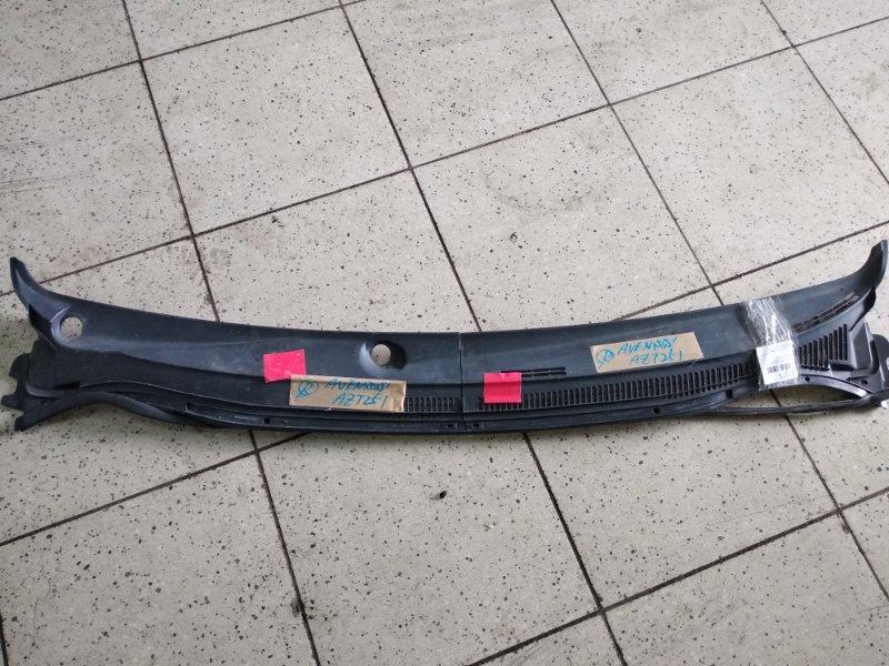 Решетка под лобовое стекло Toyota Avensis AZT250 1AZ-FSE передняя
