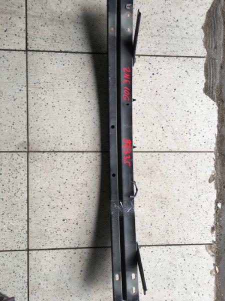 Усилитель бампера Toyota Wish ZNE10G 1ZZ-FE передний