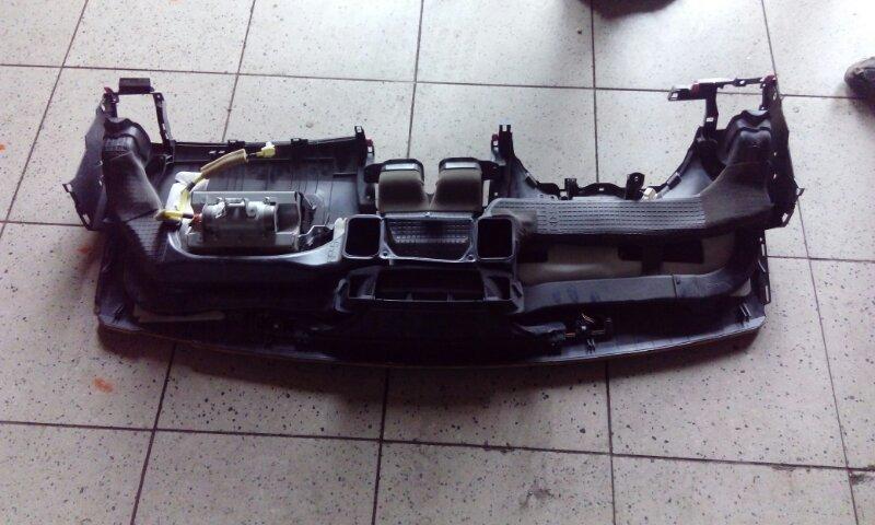 Панель передняя в салон Toyota Corolla Fielder NZE144G 1NZ-FE