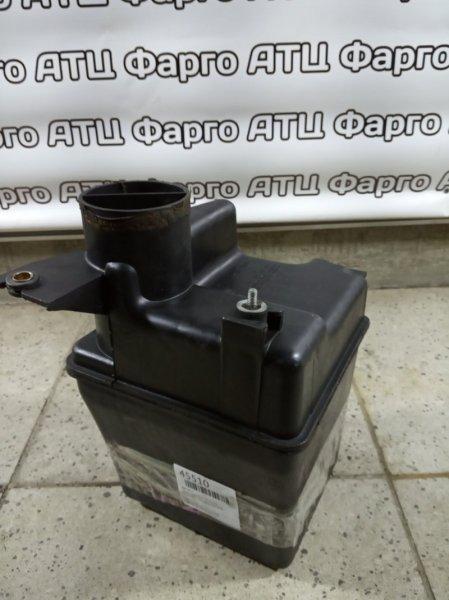 Резонатор воздушного фильтра Toyota Caldina ST215 3S-FE 2001
