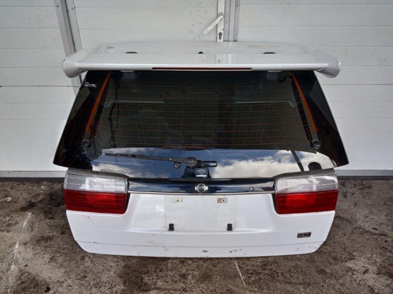 Дверь задняя багажника Nissan Avenir W10 SR18DE задняя