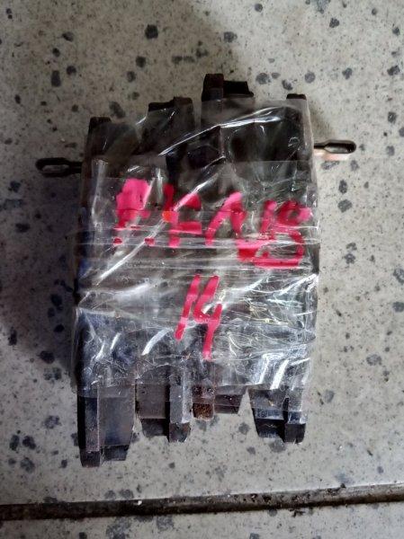 Колодки тормозные Nissan Rasheen RFNB14 GA15DE задние