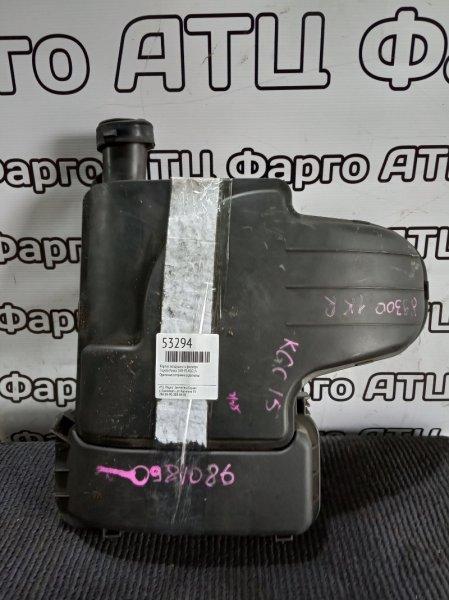 Корпус воздушного фильтра Toyota Passo KGC15 1KR-FE