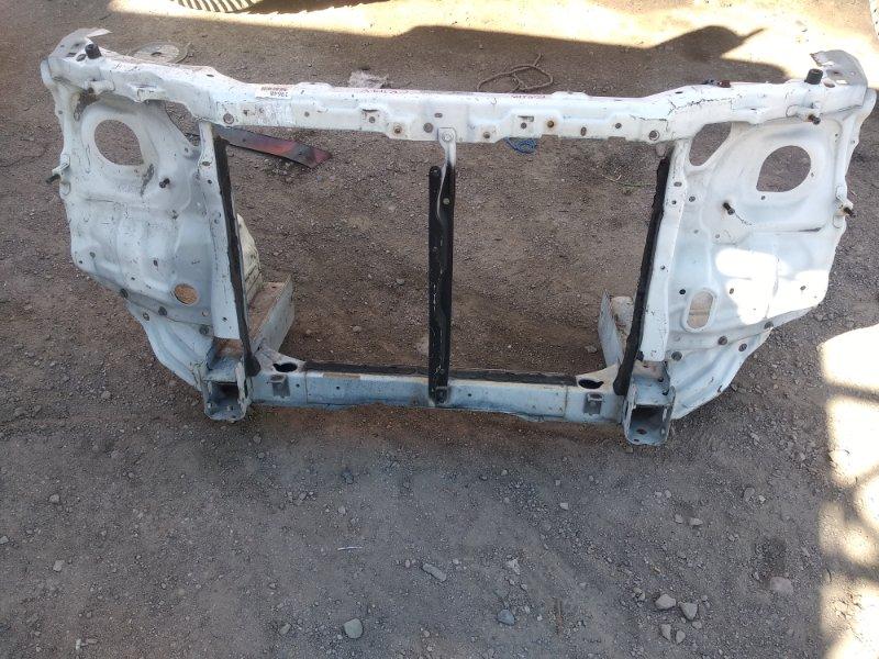 Рамка радиатора Toyota Townace Noah CR42V 3C-E