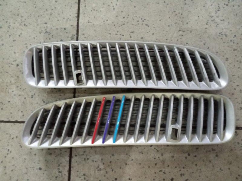 Решетка радиатора Bmw X5 E53 N62B44 передняя