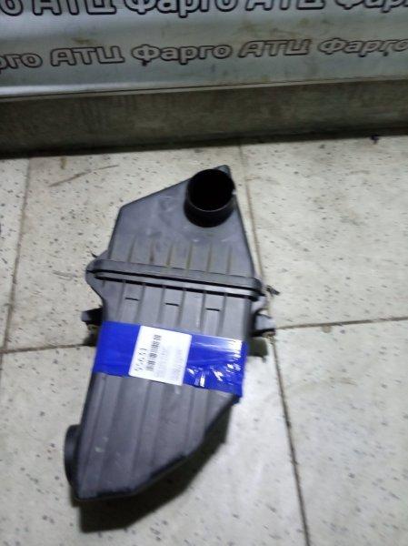 Корпус воздушного фильтра Honda Stepwgn RF1 B20B