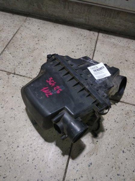 Корпус воздушного фильтра Toyota Porte NNP10 1NZ-FE