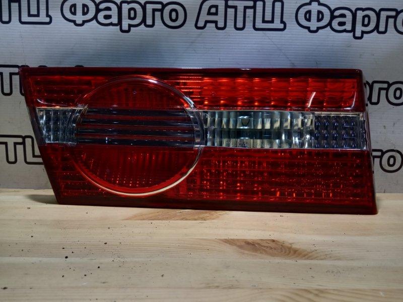 Фонарь вставка багажника Toyota Vista SV50 3S-FSE задний левый