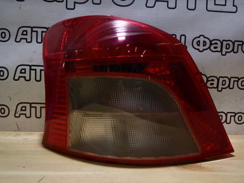Фонарь стоп-сигнала Toyota Vitz SCP90 2SZ-FE задний левый