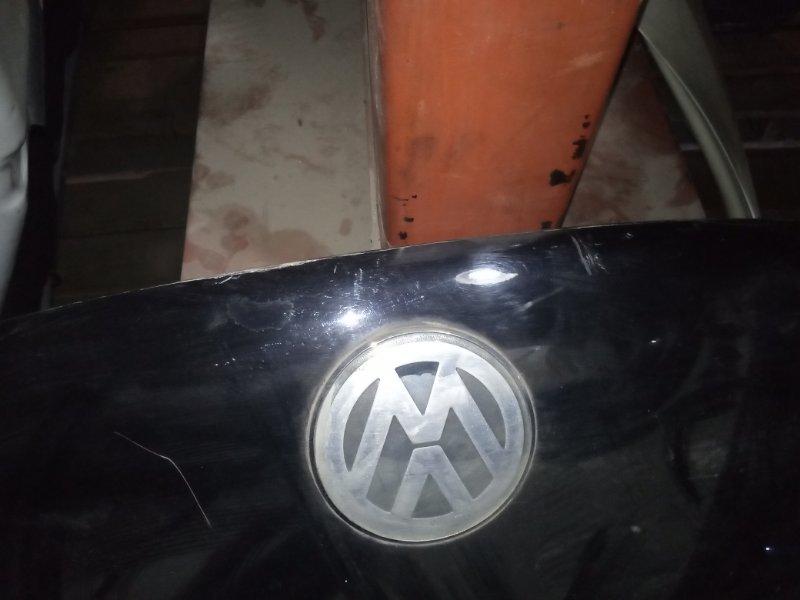 Капот Volkswagen Beetle