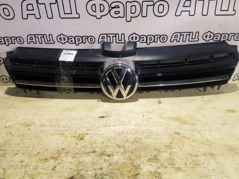 Решетка радиатора Volkswagen Golf 5G1 CJZA 2015